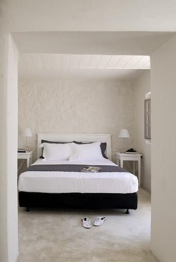 hotel-ikons-santorini-14