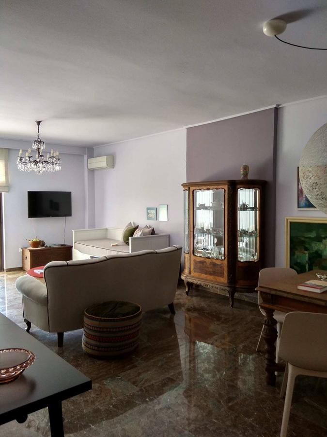 interior-design_diamerisma-glyfada_hara-kontaxaki-13