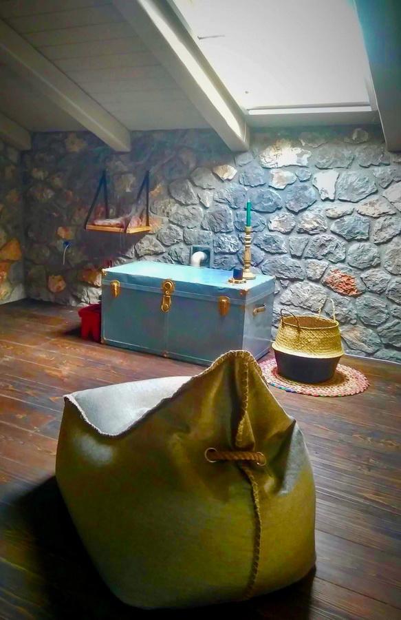 interior-design_spiti-tithorea_hara-kontaxaki-04