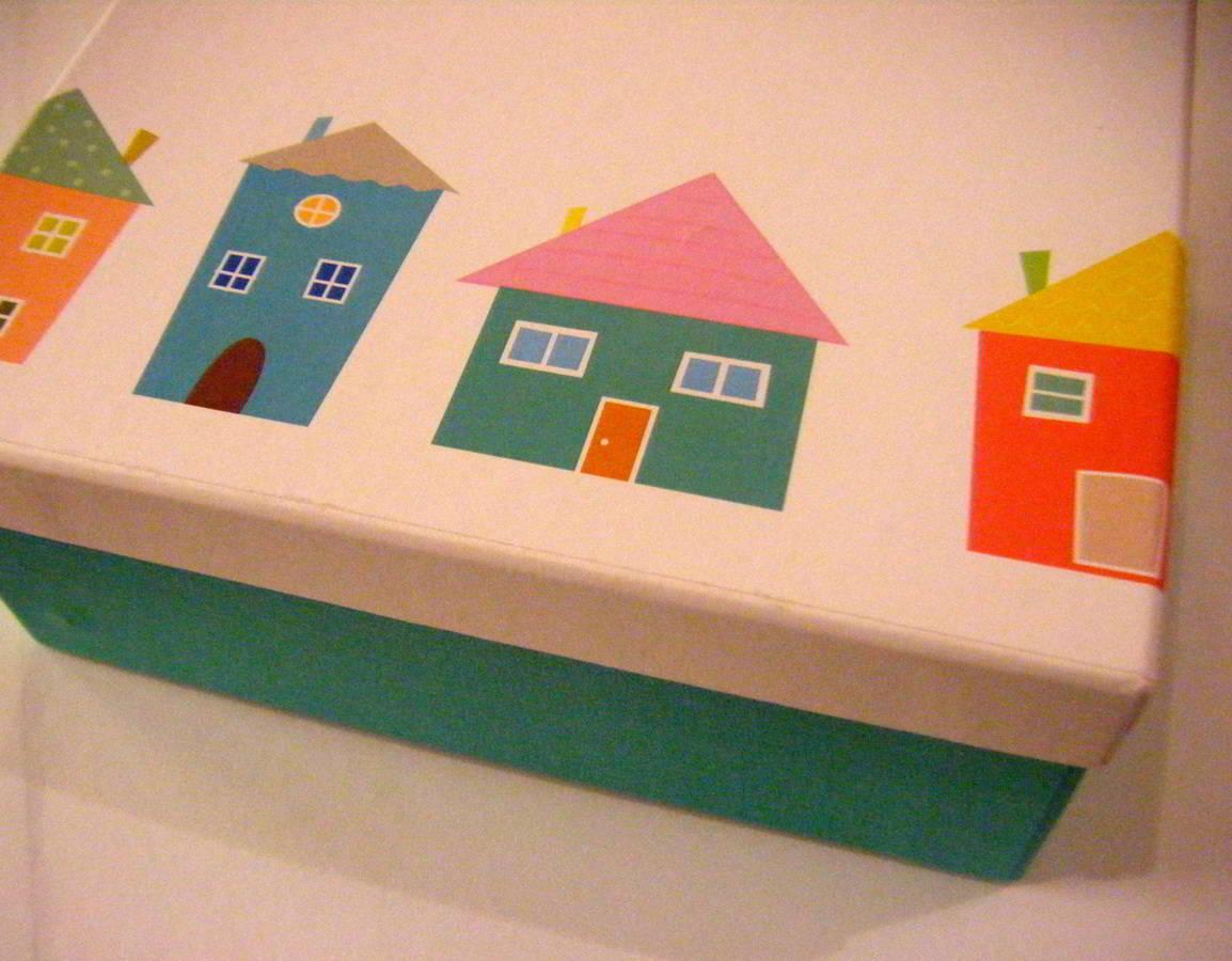 baptism_the-little-paper-house_hara-kontaxaki-06