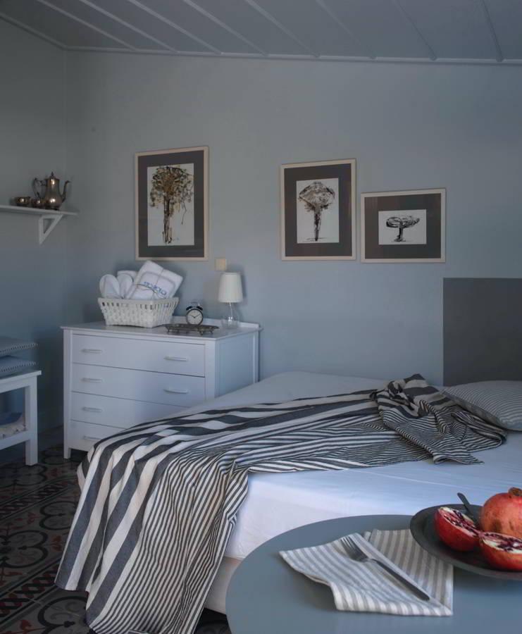 sto-roloi_apartment-studio_hara-kontaxaki_styling53